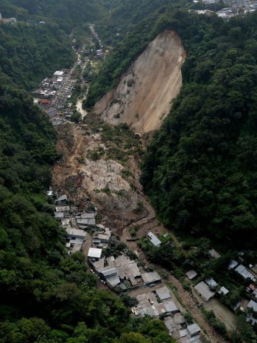 Gwatemala - Lawina błotna zabiła co najmniej 30 osób -8