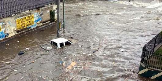 Kolumbia - Ulewne deszcze w Barranquilla -5