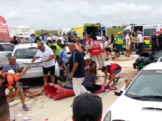 Malta - Porsche 918 Spyder wpadło w tłum ludzi w czasie pokazu charytatywnego -2
