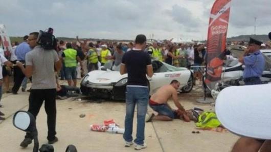 Malta - Porsche 918 Spyder wpadło w tłum ludzi w czasie pokazu charytatywnego -3