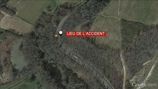 Puisseguin, Francja - Czołowe zderzenie autobusu z ciężarówką wiozącą drewno, zginęły 43 osoby, tylko 8 osób przeżyło