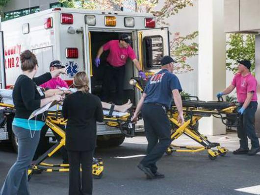 Roseburg, USA - Strzelanina w szkole, zginęło 15 osób, około 20 rannych -2