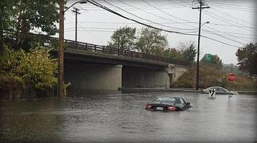USA - Północno-wschodnia część kraju pod wodą -2