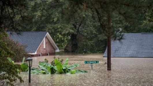 USA - Rekordowo duże opady w Karlinie Południowej, od piątku spadło 600 lmkw deszczu -5