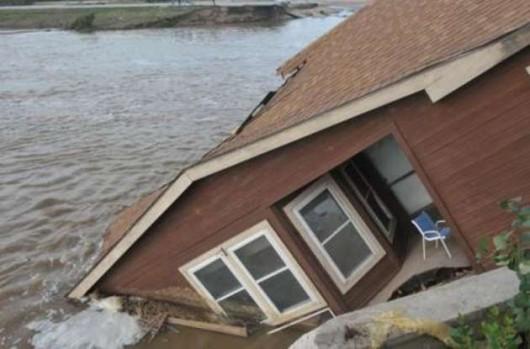USA - Rekordowo duże opady w Karlinie Południowej, od piątku spadło 600 lmkw deszczu -6