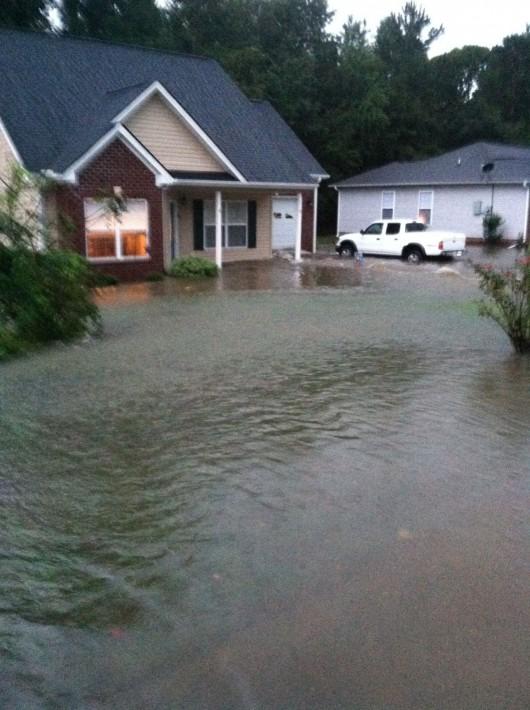 USA - Ulewne deszcze o ogromnej skali w Karolinie Północnej i Południowej -3