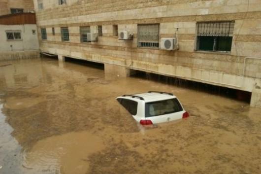 Amman, Jordania - Ulice stolicy kraju zamieniły się w rzeki -1