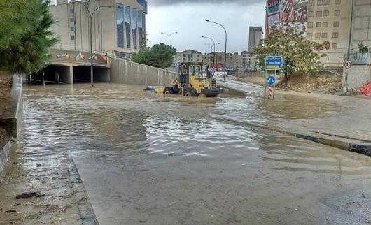 Amman, Jordania - Ulice stolicy kraju zamieniły się w rzeki -10
