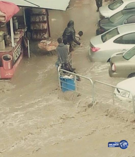 Amman, Jordania - Ulice stolicy kraju zamieniły się w rzeki -2