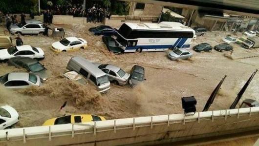 Amman, Jordania - Ulice stolicy kraju zamieniły się w rzeki -9