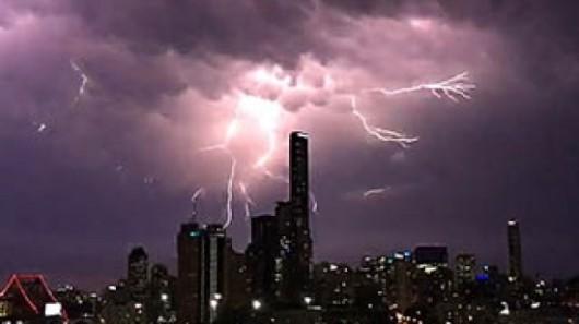Australia - Niezwykła burza w Queensland -1