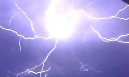 Australia - Niezwykła burza w Queensland -2