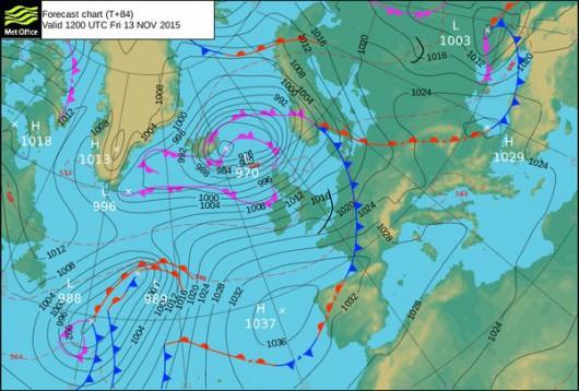 Do Wielkiej Brytanii i Irlandii zbliża się bardzo silny cyklon