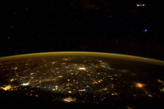 ISS - Objekt - odbicie od szyby