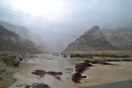 Jemen - Cyklon Chapala przyniósł tyle opadów deszczu, ile normalnie pada w ciągu 10 lat -11