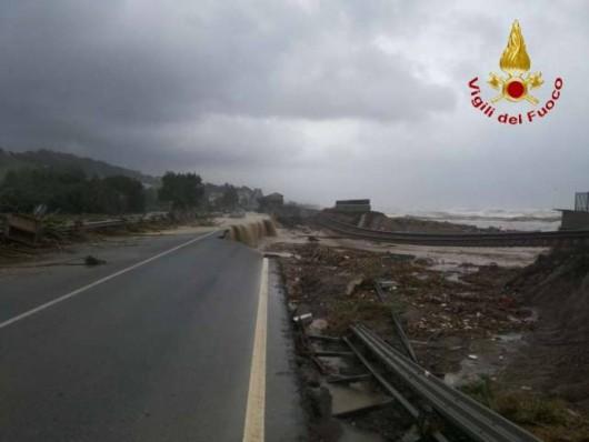Kalabria, Włochy - Ulewne deszcze -6