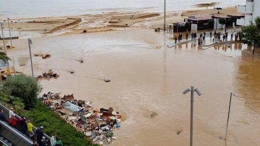 Portugalia - Ulewne deszcze i silny wiatr w prowincji Algarve -3