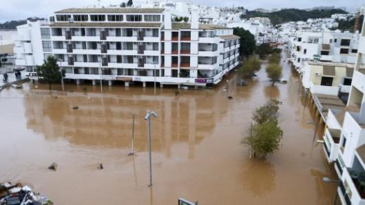 Portugalia - Ulewne deszcze i silny wiatr w prowincji Algarve -6