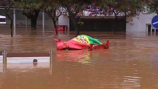 Portugalia - Ulewne deszcze i silny wiatr w prowincji Algarve -9