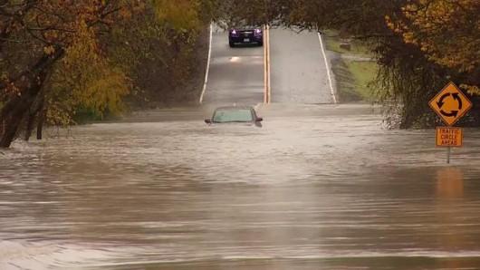 USA - Rekordowe opady w Garland w Teksasie