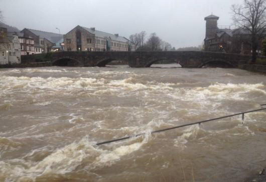 W północnej Anglii gwałtownie podniósł się poziom rzek po cyklonie Abigail -1