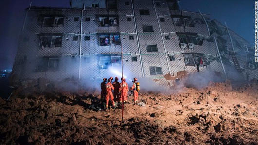 Chiny - Katastrofa w Shenzhen, osuwająca się ziemia zniszczyła 33 budynki -5