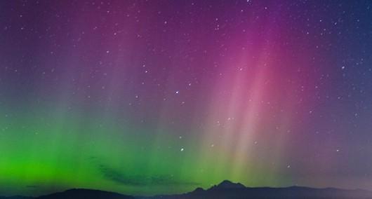 Dzisiejsze zorze polarne w pobliżu bieguna -6