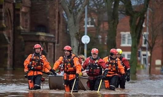 Ewakuacja powoódź.3JPG