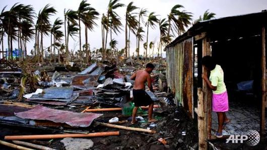 Filipiny - Tajfun Melor zabił 9 osób -4