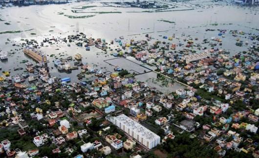 Indie - 325 ofiar śmiertelnych ulewnych deszczy -3