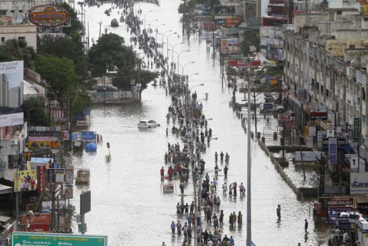 Indie - 325 ofiar śmiertelnych ulewnych deszczy -4
