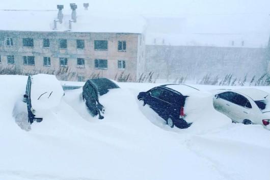 Kamczatka, Rosja - Ogromna śnieżyca