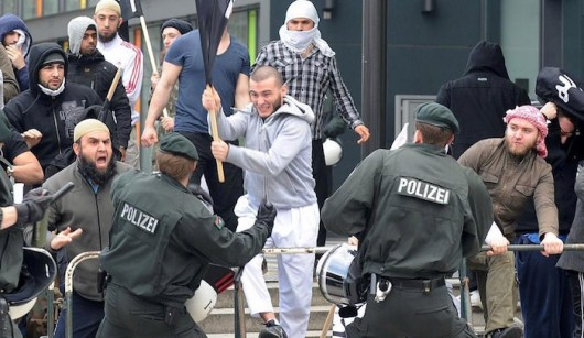 Niemcy - Gangi kierowane przez arabskie rodziny terroryzują Berlin
