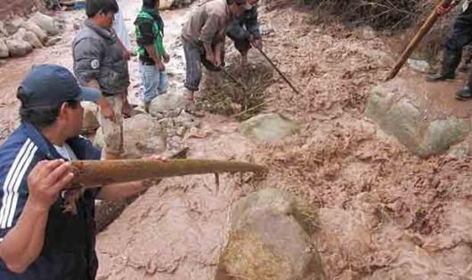 San Martin, Peru - Ulewne deszcze doprowadziły do powodzi -11
