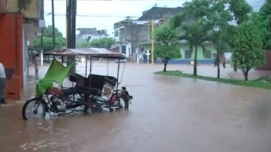 San Martin, Peru - Ulewne deszcze doprowadziły do powodzi -2