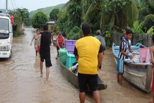 San Martin, Peru - Ulewne deszcze doprowadziły do powodzi -6
