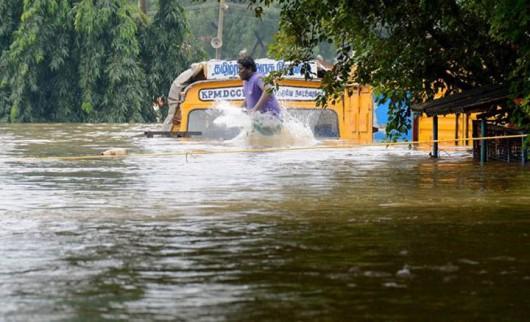 Tamilandu, Indie - Od 100 lat nie spadło tyle deszczu -2