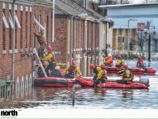 UK - Powódź na niespotykaną dotąd skalę -10