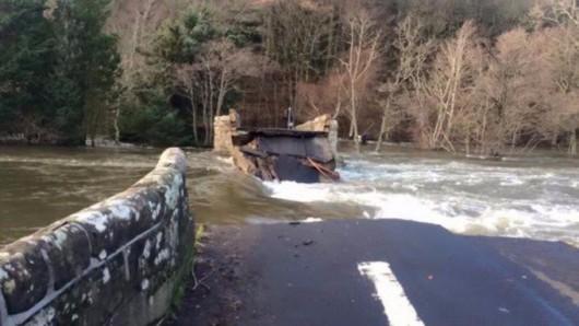 UK - Powódź na niespotykaną dotąd skalę -11
