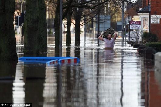 UK - Powódź na niespotykaną dotąd skalę -14
