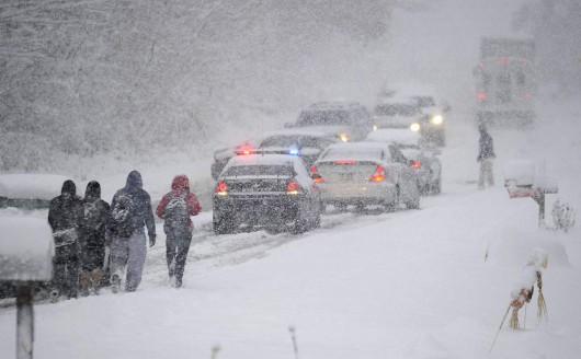 USA - Na północy wystąpiły duże opady śniegu 3