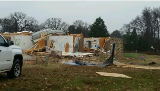 Zniszczenia w Lindale.2JPG