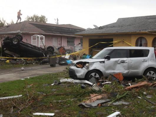 Cape Coral, USA - Tornado uszkodziło prawie 200 budynków na Florydzie -1