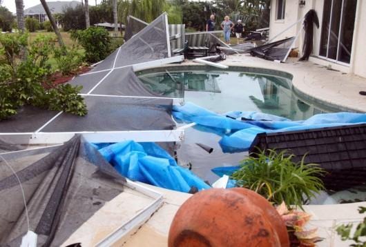 Cape Coral, USA - Tornado uszkodziło prawie 200 budynków na Florydzie -5