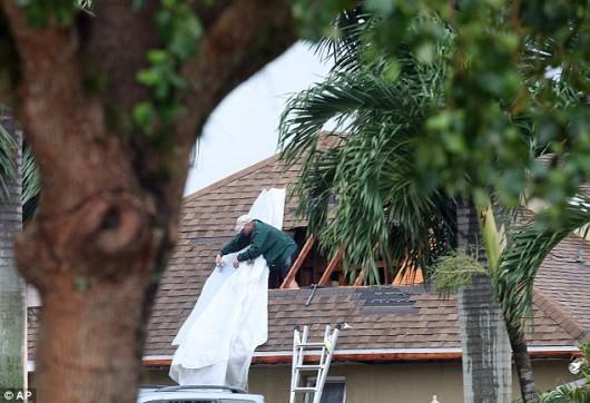 Cape Coral, USA - Tornado uszkodziło prawie 200 budynków na Florydzie -7