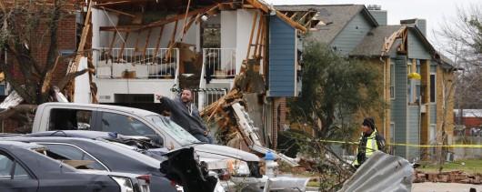Cape Coral, USA - Tornado uszkodziło prawie 200 budynków na Florydzie -8
