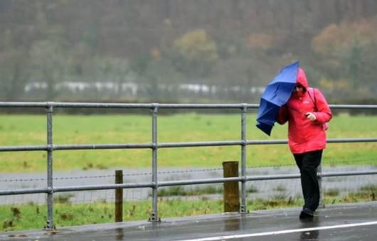 Deszcz pada nieustannie przez 82 dni JPG