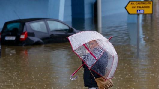 Hiszpania - Obfite opady deszczu w Galicji -3