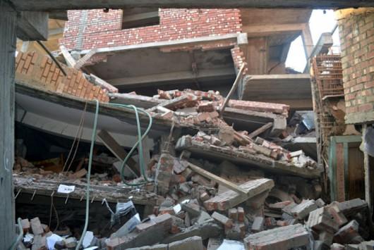 Indie, Birma i Bangladesz - Co najmniej 11 osób zginęło w silnym trzęsieniu ziemi -11