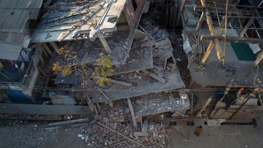 Indie, Birma i Bangladesz - Co najmniej 11 osób zginęło w silnym trzęsieniu ziemi -7